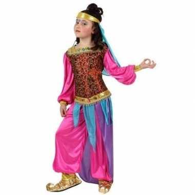 Arabische buikdanseres suheda foute kleding voor meisjes