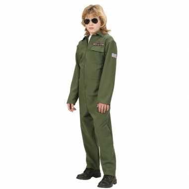F 16 piloot foute kleding kinderen