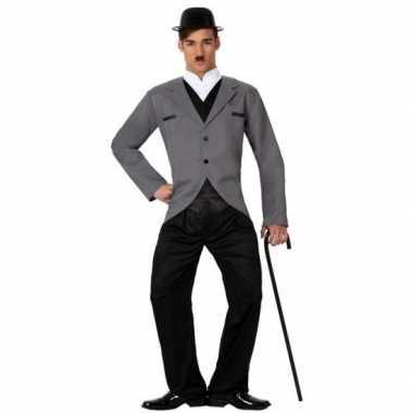 Filmster charlie foute kleding voor heren