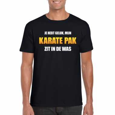 Foute karatepak zit in de was heren carnaval t shirt zwart kleding