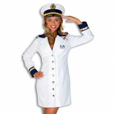 Foute kleding kapitein dames