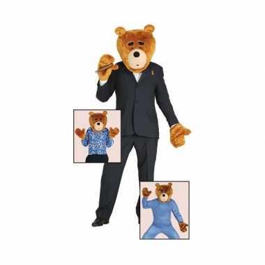 Foute set beer van pluche kleding