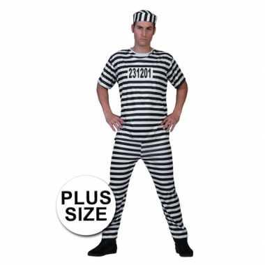 Grote maat gevangenen foute kleding