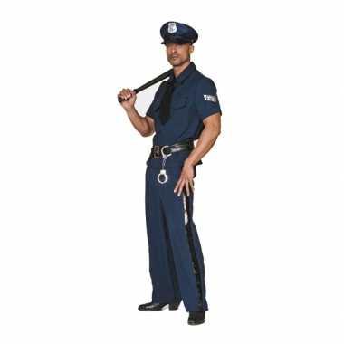 Grote maten politie foute kleding