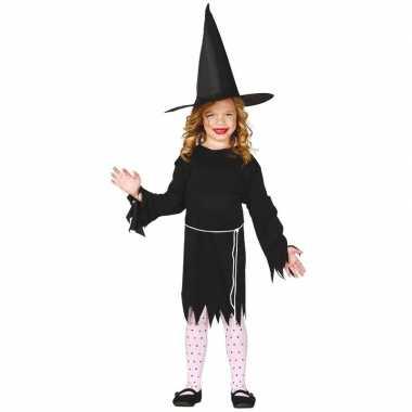 Halloween zwart heksen foute kleding budget voor meisjes