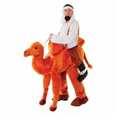 Hang foute kleding kameel voor volwassenen
