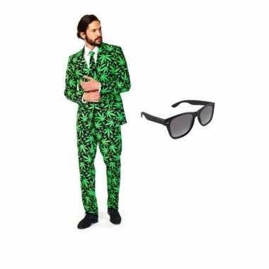 Heren foute kleding met cannabis print maat 46 (s) met gratis zonneb