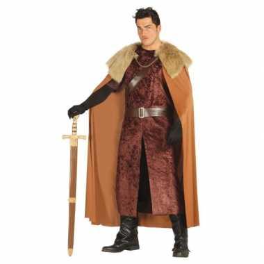 Middeleeuwse koning foute kleding bruin