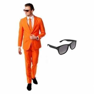 Oranje heren foute kleding maat 50 l met gratis zonnebril