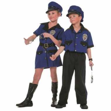 Politie foute kleding voor meiden