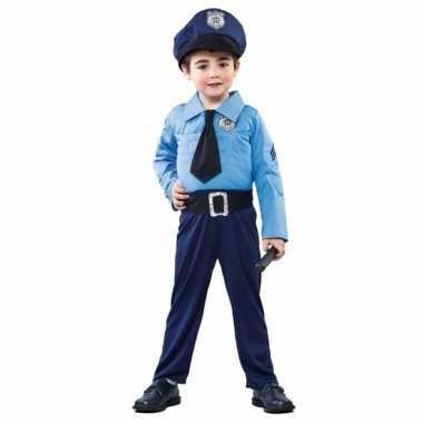 Politieman foute kleding voor jongens