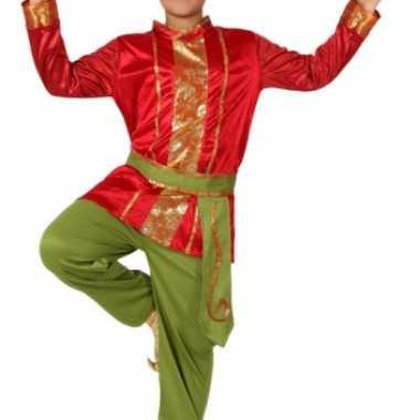 Rood met groene oosterse foute kleding