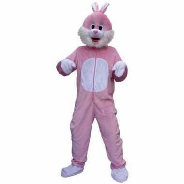 Roze konijnen foute kleding