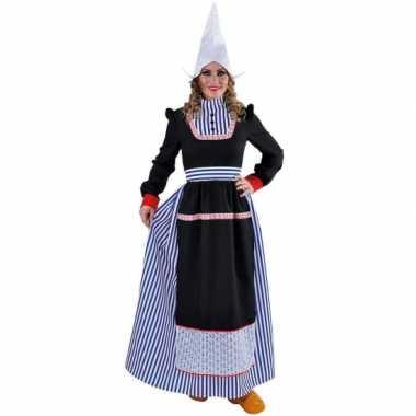 Volendams foute kleding voor dames